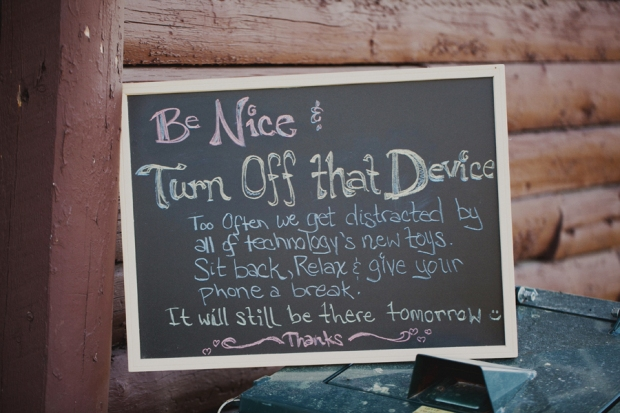 unplugged-wedding-ceremony-sign-full